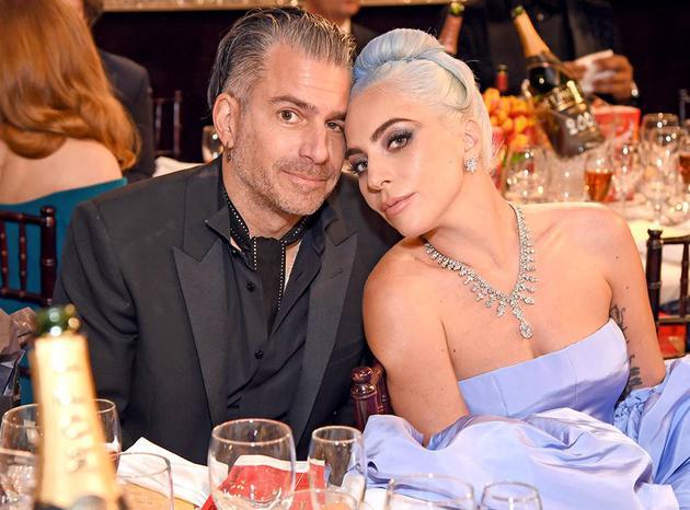 Lady Gaga与未婚夫Christian Carino